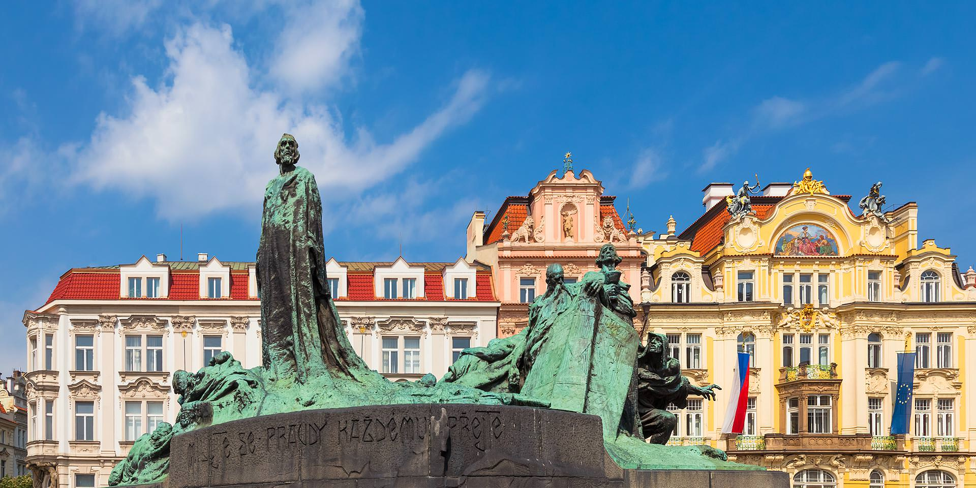 Old Town Square, Prague - Discover the Beauty of Czechia's ... Old Town Of Prague Tourist Map on old town krakow poland map, old town san diego map, old town dubrovnik croatia map, finland helsinki map tourist,